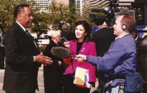 Gigi Lee interviewing Mayor Lee Brown.
